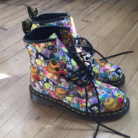 ada3bf008b0 NWT Brand New Dr Martens x Adventure Time Boots